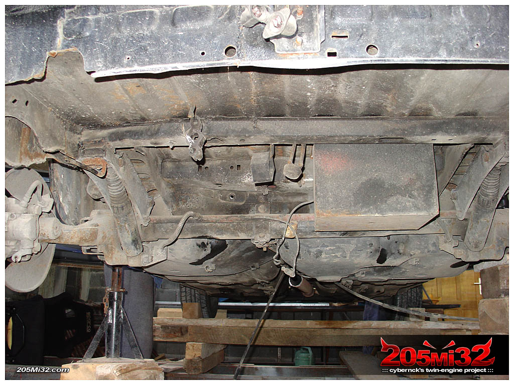 The next obvious step was to remove the rear beam.