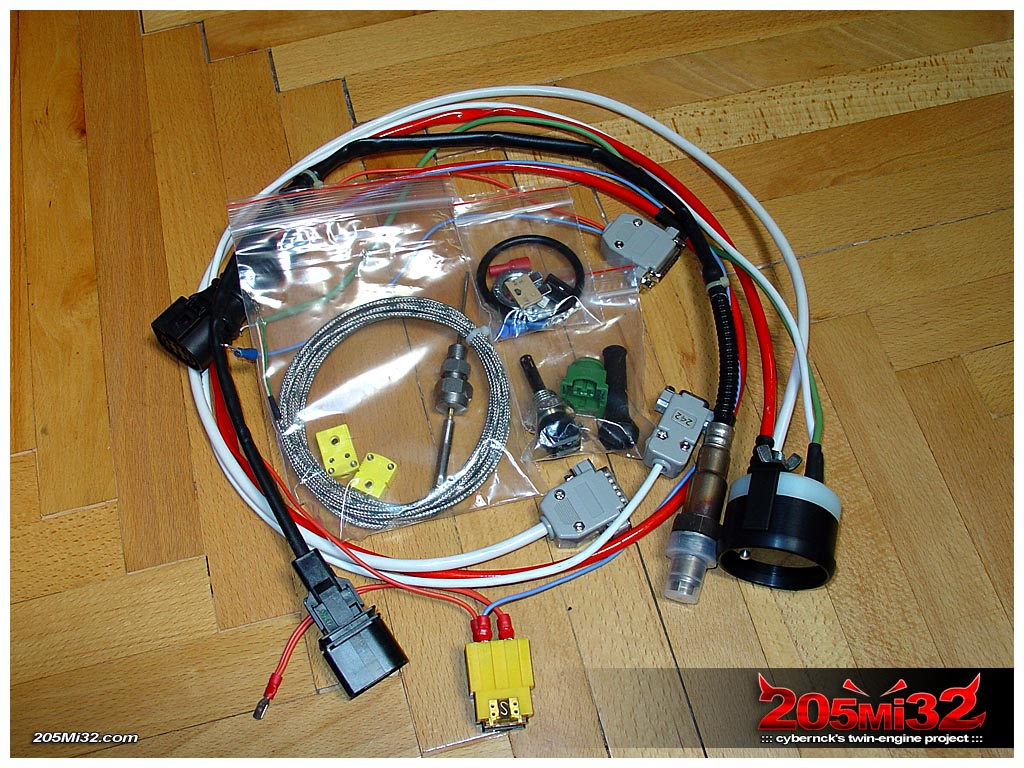 Next thing - a very nice VEMS Round WBO2+EGT display/controller kit!