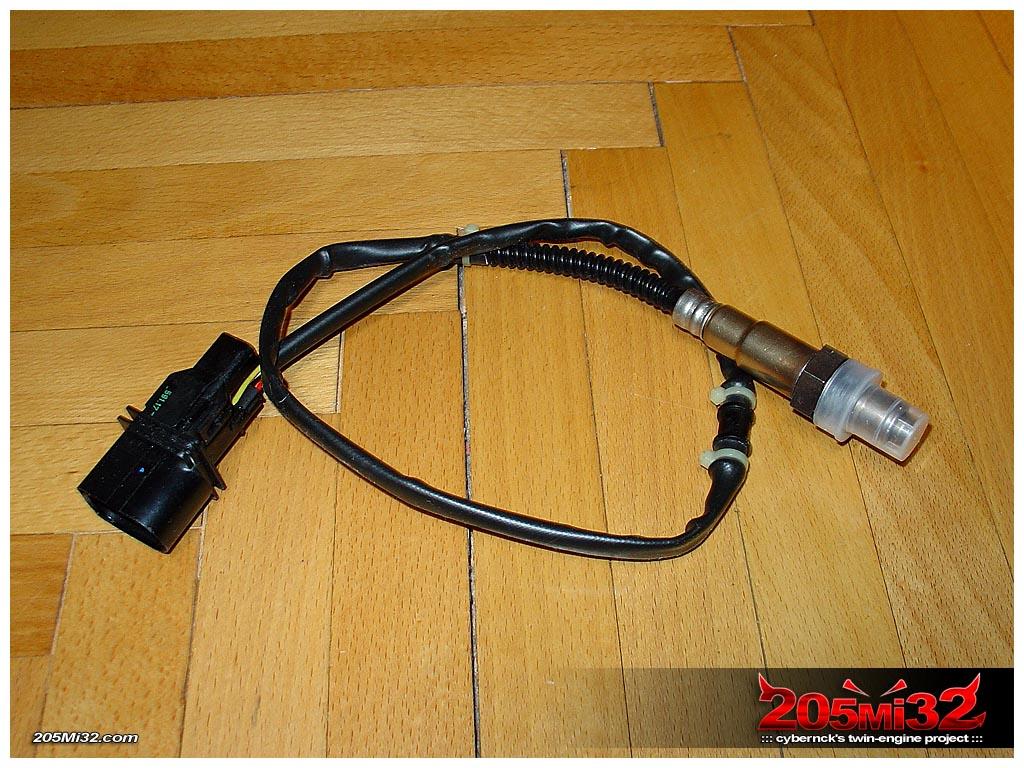Bosch LSU4 WBO2 (WideBand) Oxygen or Lambda sensor.