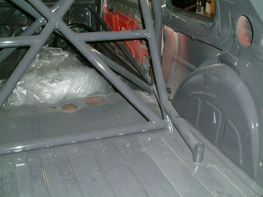 Roll cage finished