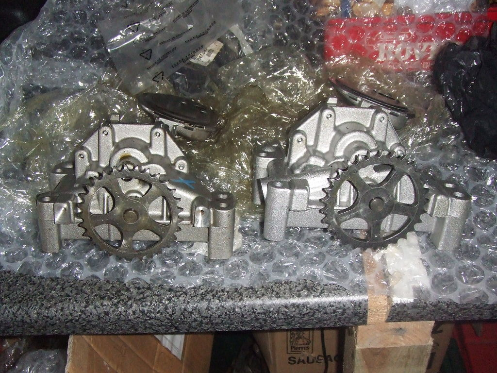 New XU9 Oil Pump