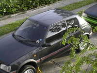 Take one rust free non sunroofed laqcuer faded 1.6..